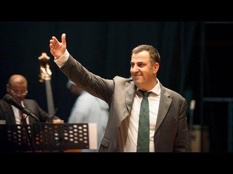 شاهد تعاون موسيقي لا ينقطع بين المايسترو عبد الله المصري والفنانين الروس