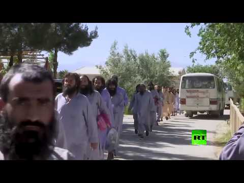 شاهد الإفراج عن 900 من سجناء حركة طالبان في أفغانستان