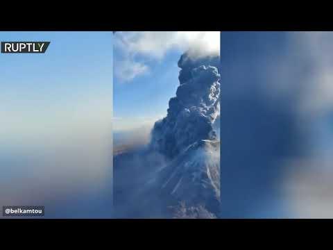 شاهد ثوران ثاني بركان في كامتشاتكا الروسية خلال أسبوع