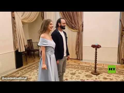 البطل الأولمبي الروسي أفيربوخ ينشر فيديو لزواجه
