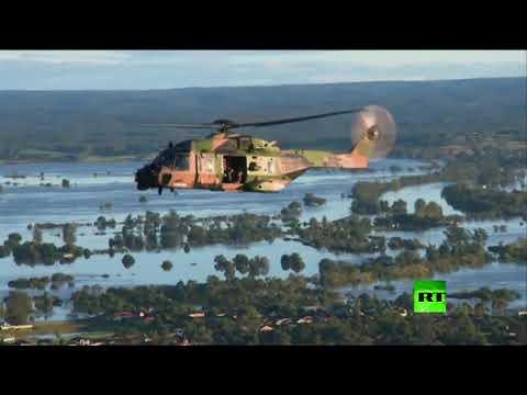 شاهدرئيس وزراء أستراليا يتفقد أضرار الفيضانات